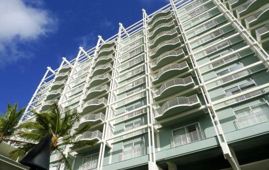 プルメリアビーチハウスでサンドイッチ三昧 ザ カハラ ホテル&リゾート